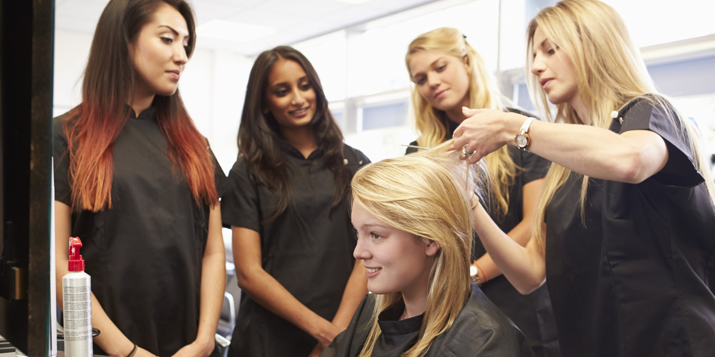 HAIR STYLING PROGRAM – Marca College
